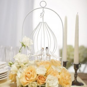Ornamental Wire Centerpiece With Suspended Tear Drop
