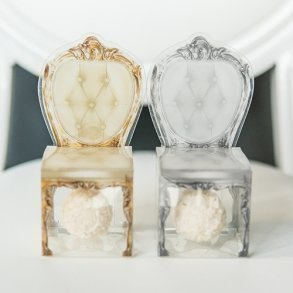 Transparent Chair Favour Boxes