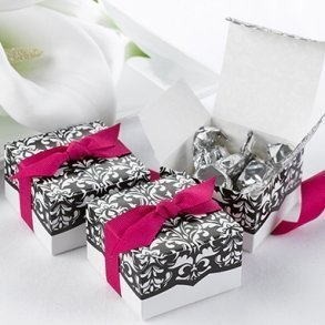 Dynamic Design Favour Boxes