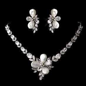 Silver Cubic Zirconia Flower Necklace Set