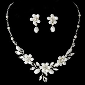 Dainty Silver Floral Bridal Jewellery Set