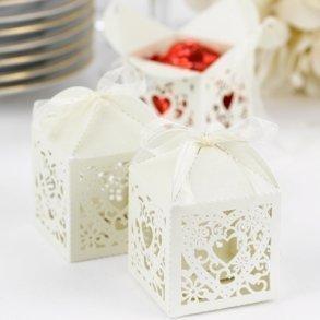 Decorative Ivory Favour Boxes