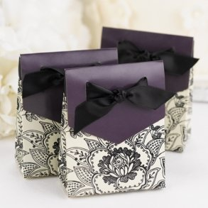 Floral Eggplant Favour Boxes - Pack of 25