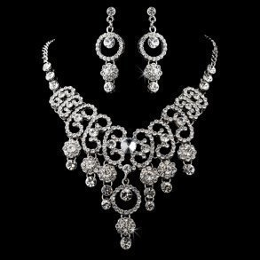 Elegant Vintage Necklace & Earring Set