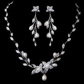 Glittering Crystal & Pearl Vine Necklace Set