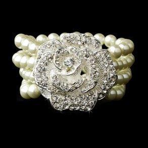 Ivory Pearl Flower Bracelet