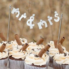 Mr & Mrs Banner Cake Pick