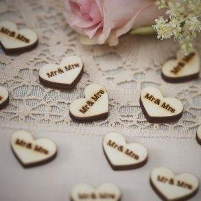 Mr & Mrs Wooden Heart Confetti
