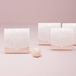 Pretty Blush Pink Lace Favour Boxes