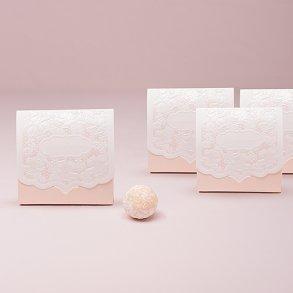 Pretty Blush Pink Lace Favour Boxes