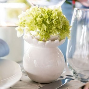 Pretty Petals Porcelain Miniature Flower Vase