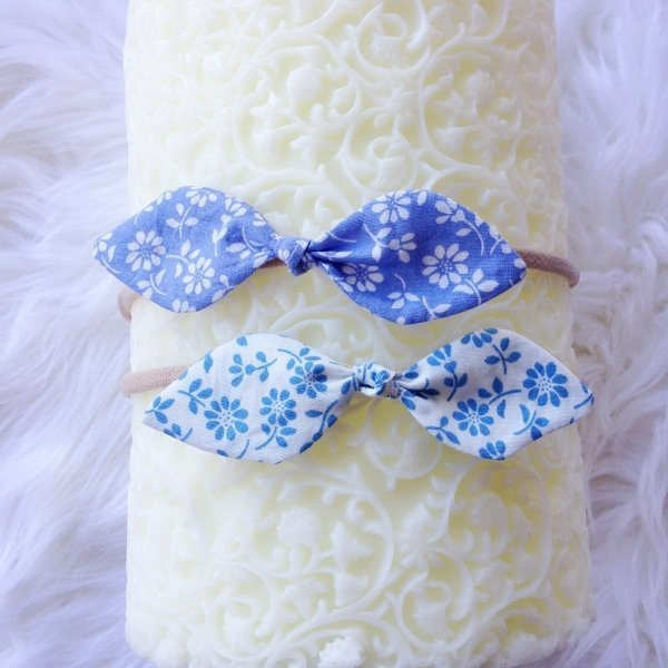 Blue & White Floral Baby Bow Headband Set