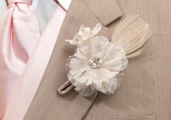 Burlap & Lace Buttonhole