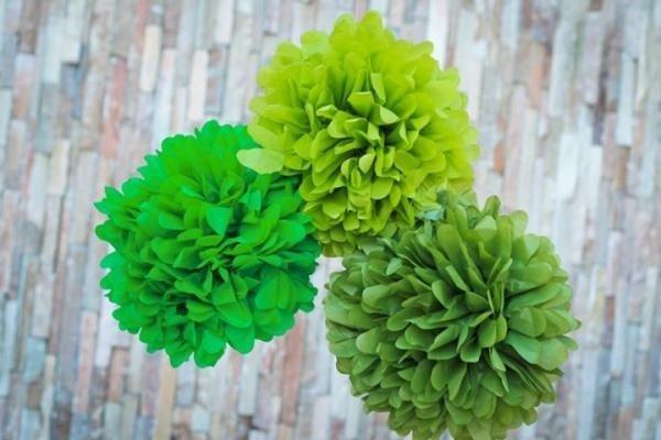 Kiwi Green Tissue Pom Poms - Pack of 4