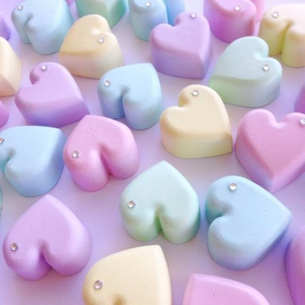 Set of 5 Pastel Rainbow Molded Hearts Kids Decor