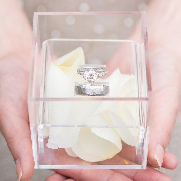 unique alternative acrylic wedding ring box ring pillows alternatives weddings how divine. Black Bedroom Furniture Sets. Home Design Ideas