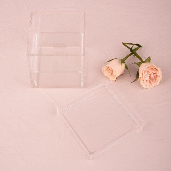 unique alternative acrylic wedding ring box ring pillows alternatives weddings how divine. Black Bedroom Furniture Sets. Home Design Ideas