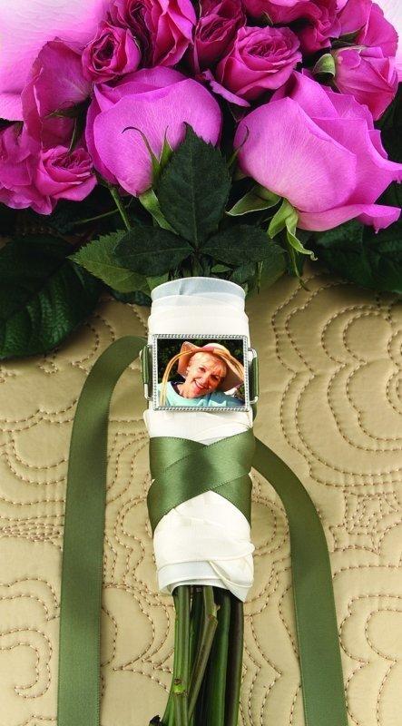 Wedding Bouquet Photo Memorial Buckle