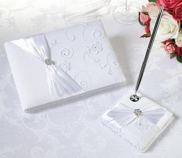 White Lace Wedding Guest Book & Pen Set