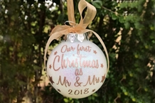 Christmas Baubles & Gifts